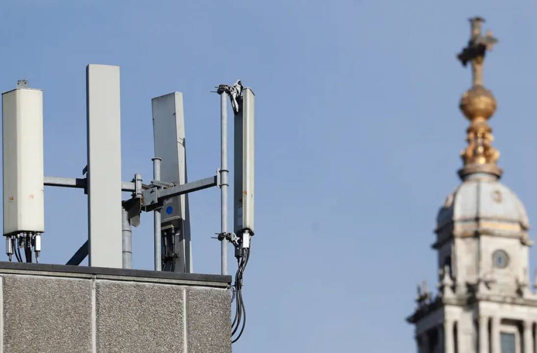 A further 20 suspected phone masts attacked over Easter